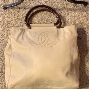 Gorgeous Ivory Chanel Tote -Authentic